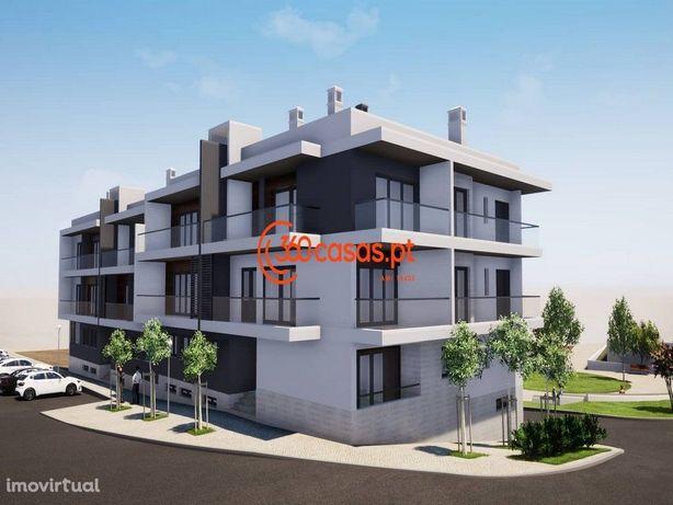 Penthouse T3 com vista mar, terraço e garagem em box - Montenegro,Faro