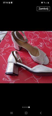 Sandałki srebrne r.37