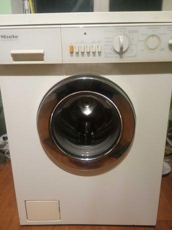 Продам пральну машину автомат Miele в гарному стані