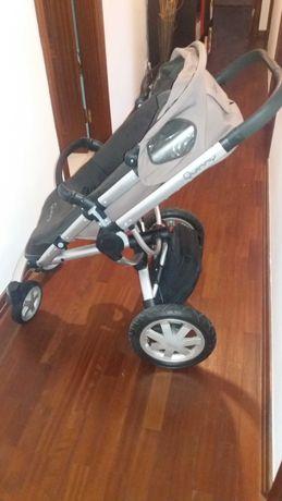 Carro Bebé marca Quinny + Ovo MaxiCosi CabrioFix