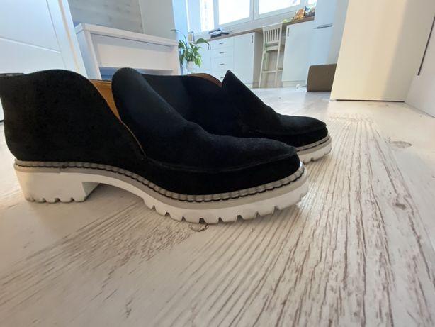 Ботинки, лофтеры черные 37р