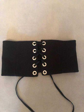 Черный поясной корсет