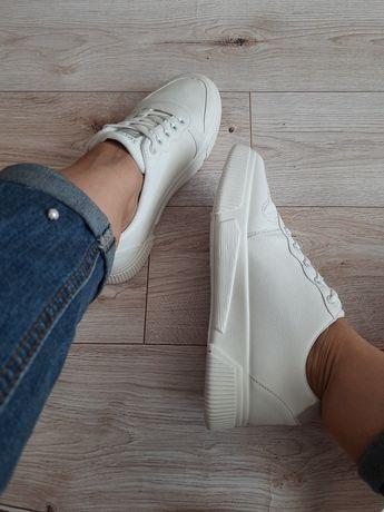 Кеды белые базовая модель удобные стильные