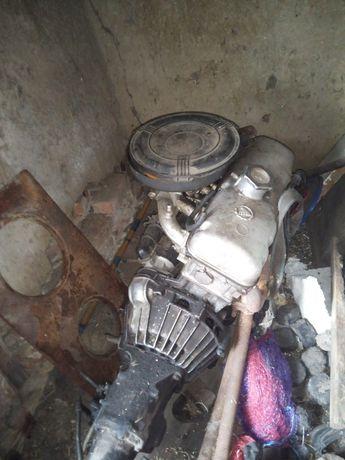 Двигатель 2140. 412