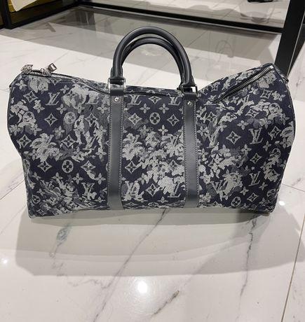 Продам дорожную сумку Louis Vuitton