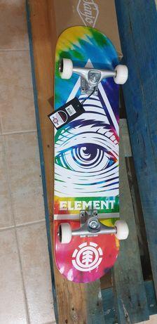 """Skate Element 8"""" Novo"""
