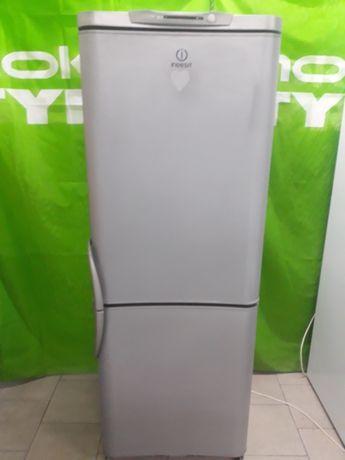Холодильник Indesit  цвет стальной нижней морозильной камеры высота  1