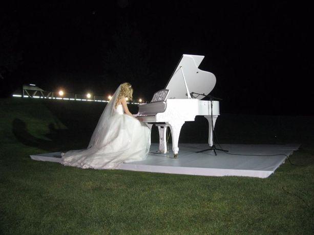 Аренда Белого рояля.