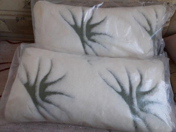 komplet poduszek z wełny merynos
