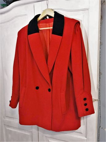 hit vintage zadbany plaszcz czerwony retro welna welniany zima