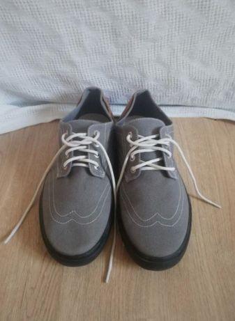 Męskie buty nowe