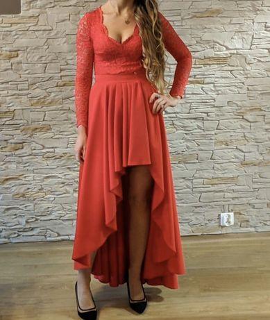 Asymetryczna sukienka z koronka