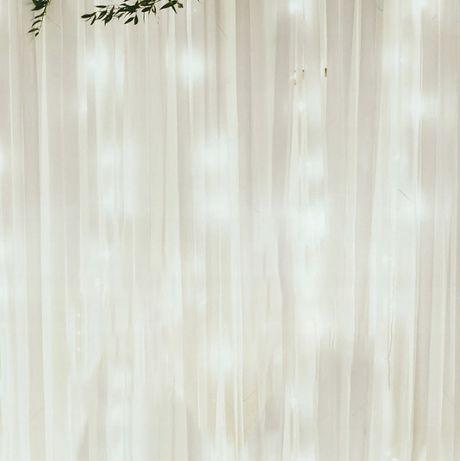 Tło dla pary młodej ze światełkami 320 cm - taśmy bawełniane