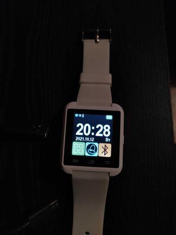 Biały smartwatch Garett G5