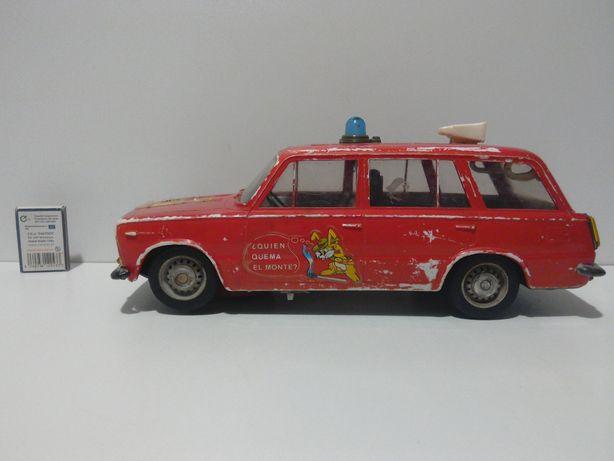 stara zabawka PRL kombi Seat Fiat 125 Łada RICO stare zabawki czz 126