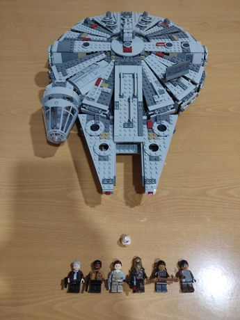 Lego Star wars 75105 Millennium Falcon como nova.