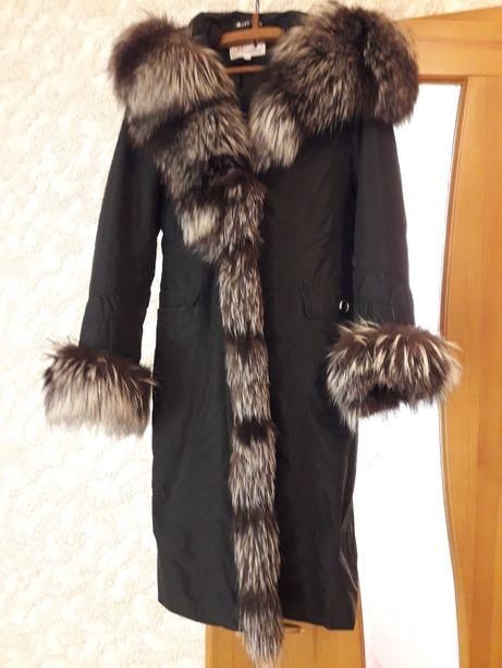 Пальто с нстуральной чернобуркой
