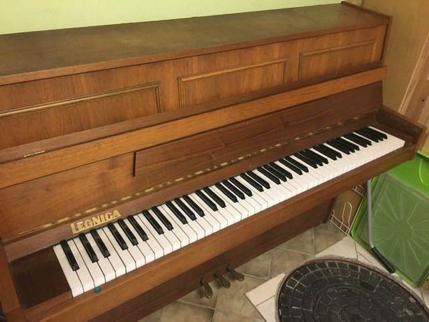 Sprzedam pianino Legnica M-100 B
