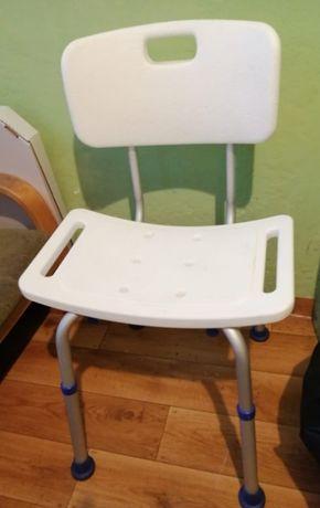 krzesło rehabilitacyjne prysznicowe jak nowe z oparciem białe