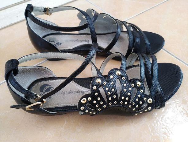 34-35р 22,3 см черные летние босоножки сандалии на низком ходу в школу