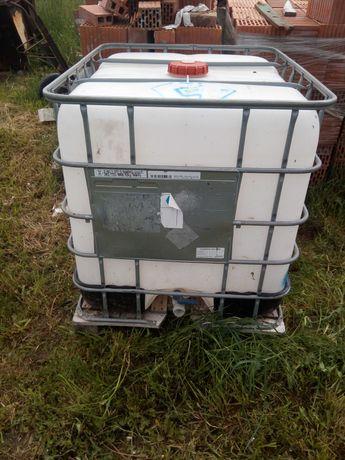 Sprzedam Mauzer Zbiornik 1000l zbiornik czysty biały na wodę