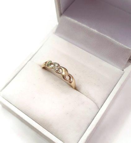 złoty pierścionek 585/1,53G rozmiar 12