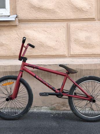 Красный велосипед Bmx, бмх Subrosa с пегами, mtb, комплит