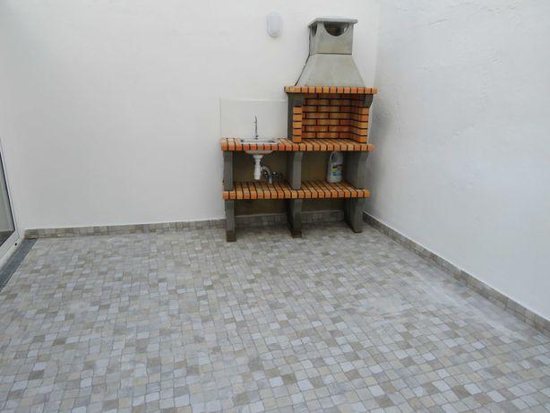 Rch com terraço Baixa da Banheira
