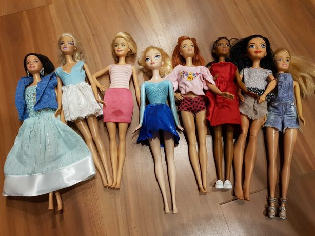 8 lalek Barbie