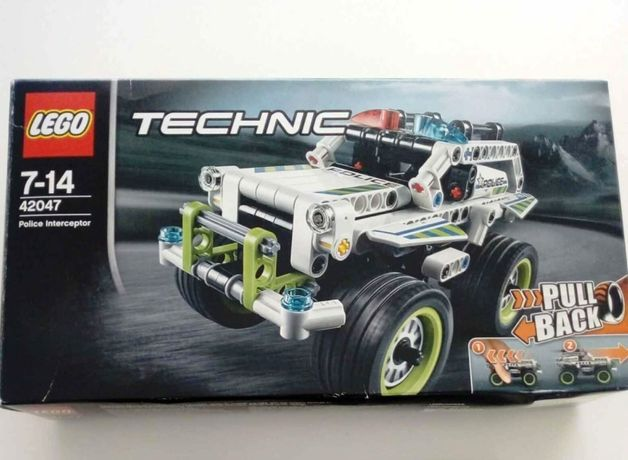 Lego Technic 42047 - Police Interceptor