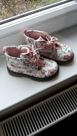 Взуття на дівчинку демісезонне