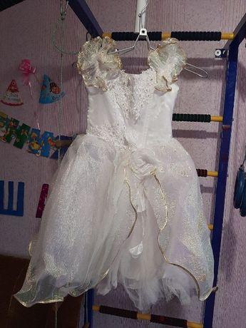 Платье Нарядное на Девочку 6-9 лет 36 Размер 134 Рост