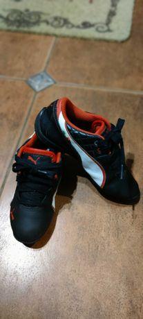 Продам детские фирменные кроссовки Puma