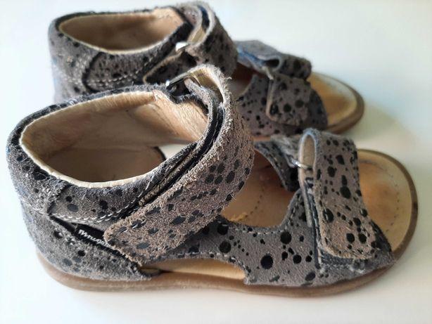 Sandały Mrugała r. 25
