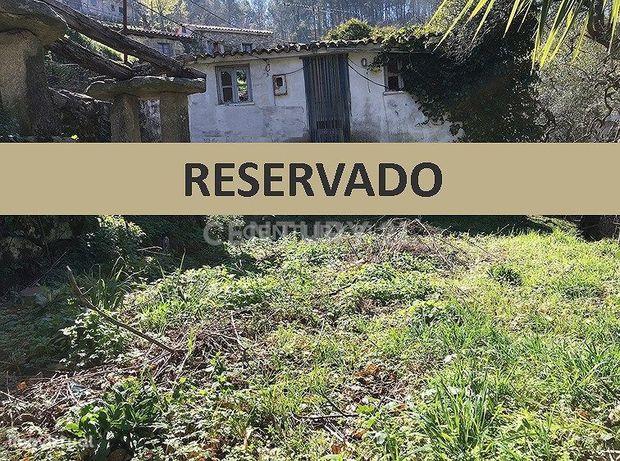 Casa em Pedra Restaurada T2, nova na encosta do Geres..