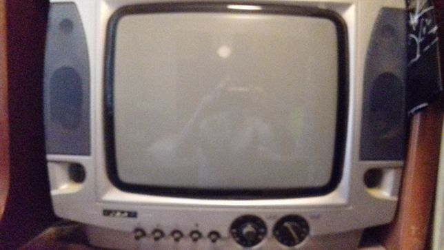 Продам телевизор Ива