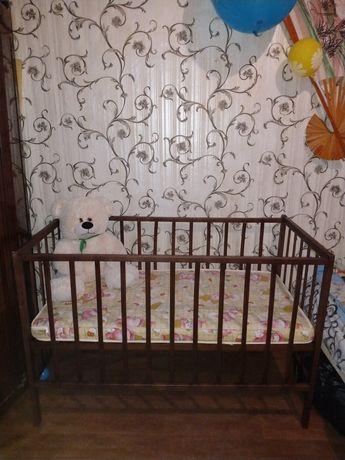 Продам-Кроватку детскую