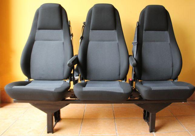 Kanapa CARPOL Renault Master III 3os.