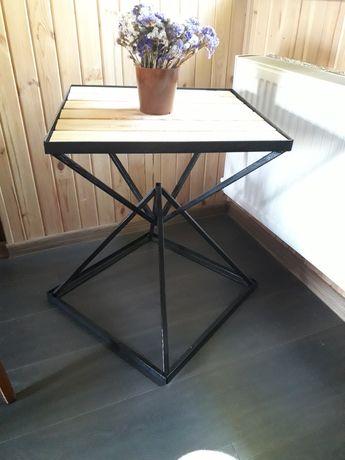 Продам журнальный столик в стиле лофт