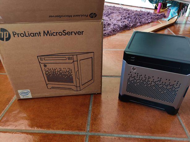 HP ProLiant MicroServer Gen8, Xeon E3, 16GB RAM, 2x 2TB HDD