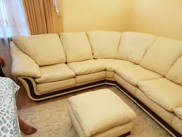 Шкіряний кутовий диван