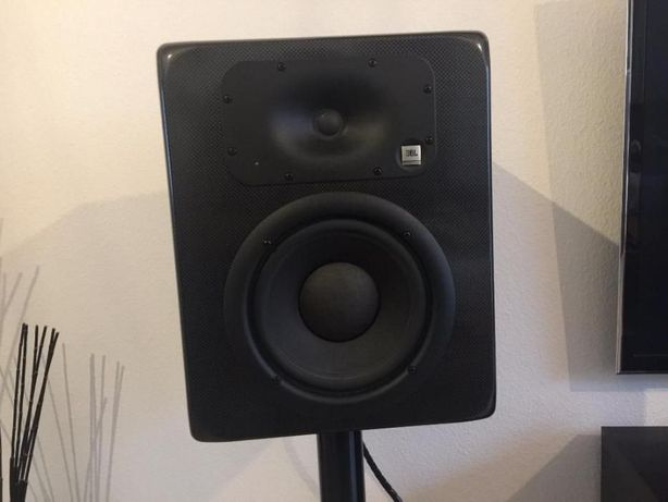 Активная акустика JBL LSR28P