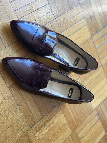 Nowe buty damskie Bata, 37