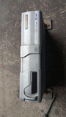 Zmieniarka Alpine CHA-S604