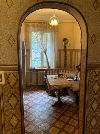 Продаётся 2-комнатная квартира на Люстдорфской дороге.