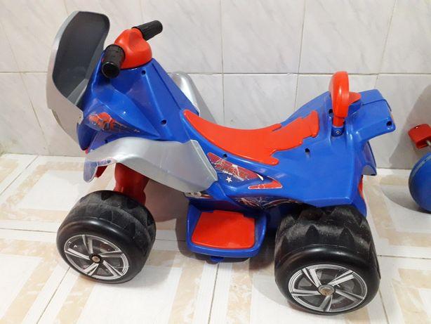 Mini moto 4 eletrica