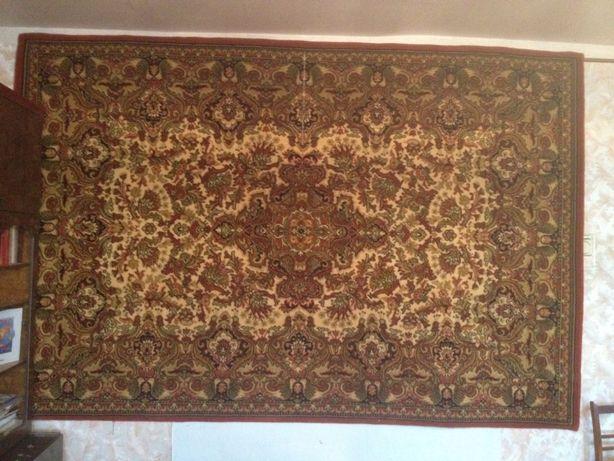 Ковер полушерстяной, 2 × 3 метра