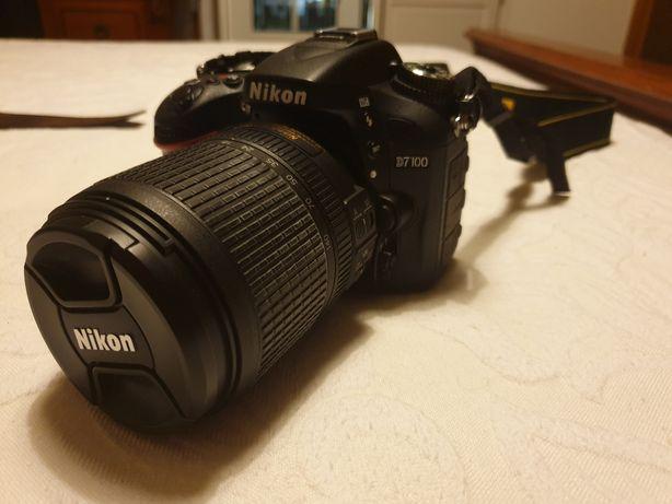 Câmara Nikon 7100