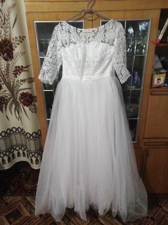 Весільна сукня продам