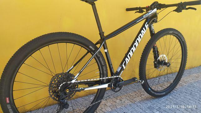 Bicicleta Montanha Btt Cannondale Fsi Carbono tamanho M